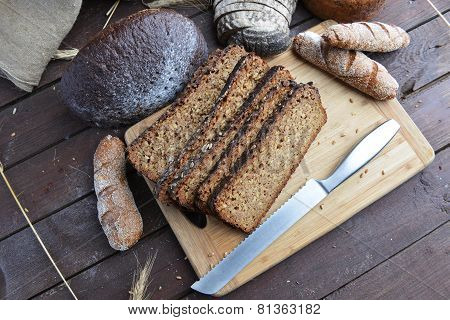 Black Breadsliced Bread