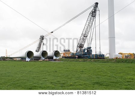 Construction of a wind farm onshore