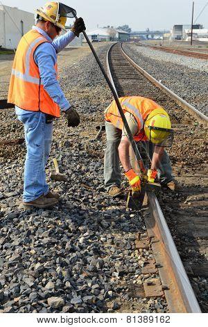 Replacing Railroad Tie