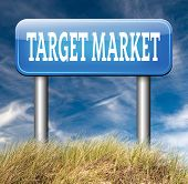 picture of niche  - target market business targeting for niche marketing strategy
