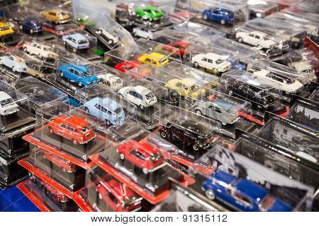 Many Toy Cars Colored Closed In Transparent Packaging