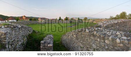 Amphitheatre Ulpia Traiana Sarmisegetusa