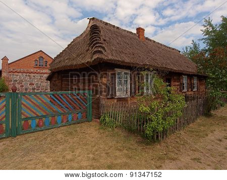 Thatched country cottage.