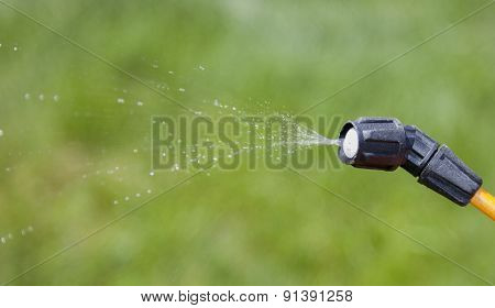 Device Of Spraying Pesticide.