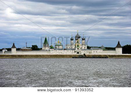Макарьевский Желтоводский женский монастырь