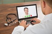 picture of video chat  - Close - JPG
