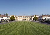 pic of royal palace  - Monza  - JPG