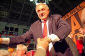 picture of underdog  - Carl Paladino the underdog delivering his victory speech after winning the NY primary election for GOP  - JPG