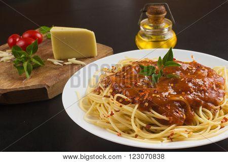 Spaguetti Al Sugo