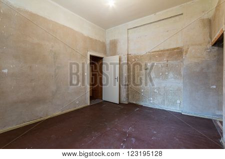 room before renovation - flat before renovations