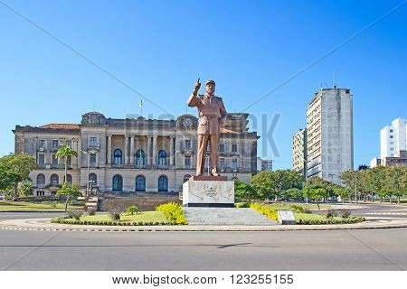 MAPUTO, MOZAMBIQUE - APRIL 29: City hall and statue of Michel Samora in Maputo, Mozambique on April 29, 2012. Mozambique tries to receover from the over 20 years of civil war.