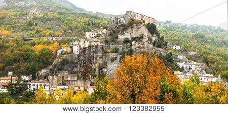medieval village Cerro al Volturno (castello Pandone) in Molise,
