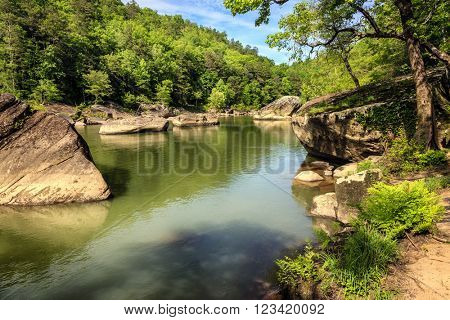 Cumberland River in Daniel Boone National Forest in Southern Kentucky