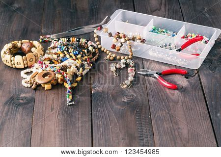 Making A Beads Necklace