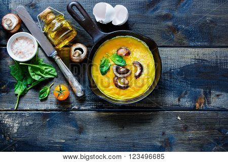 Egg Omelette With Mushrooms