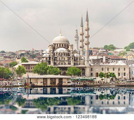 New Mosque, Eminonu, Istanbul, Turkey