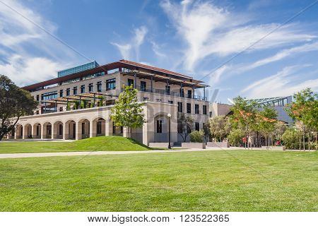 Palo Alto, Ca/usa - Circa June 2011: Buildings, Alleys And Fountains Of Stanford University Campus I