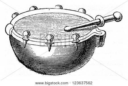 Small timbale hand or naccaire the seventeenth century, vintage engraved illustration. Magasin Pittoresque 1869.