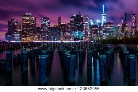 New York city downtown manhattan skyline at night
