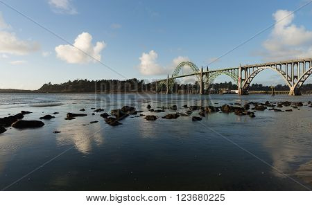 Yaquina Bay Shellfish Preserve Newport Bridge Oregon River Mouth