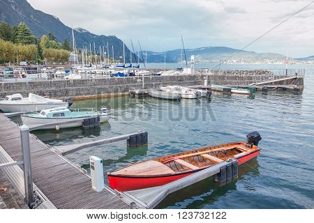 yachts and boats on the quay of Lac du Bourget in France