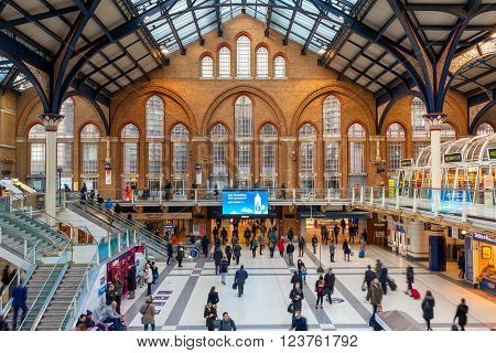 LONDON, UNITED KINGDOM - JANUARY 12, 2016: People at Liverpool Street station. Opened in 1874 it is third busiest and one of the main railway stations in UK, with connection to London Underground.