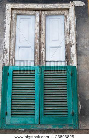 The Neapolitan Window