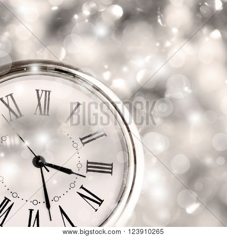 Clock with shining background