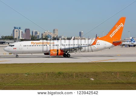 Sunwing Airlines Boeing 737-800 Airplane Fort Lauderdale Airport