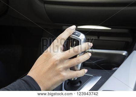 girl in car switches speed automatic gearbox