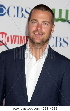 LOS ANGELES - AUG 3:  Chris O'Donnell arriving at the CBS TCA Summer 2011 All Star Party at Robinson May Parking Garage on August 3, 2011 in Beverly Hills, CA