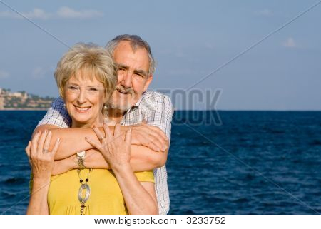 Happy senior Couple im Urlaub
