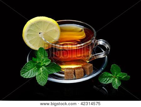 Cup tea with mint and lemon