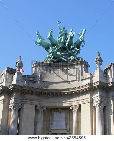 Quadriga on top of  Le Grand Palais in Paris