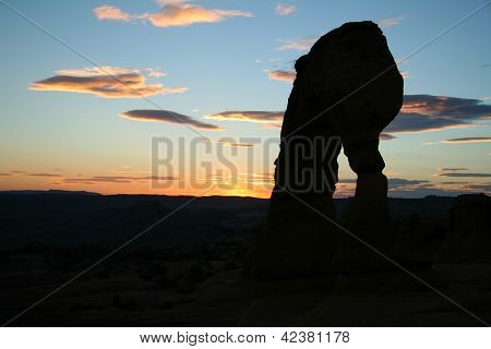 Delicate Arch At The Arches National Park During Sunset