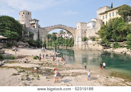 Mostar, Bosnia-hercegovina August 10: Tourist At The Old Bridge