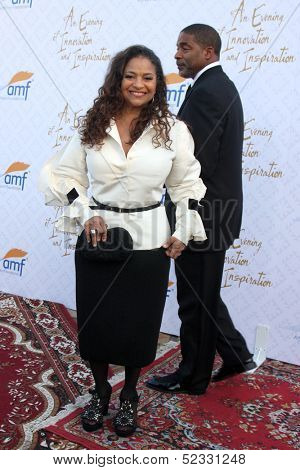LOS ANGELES - OCT 13:  Debbie Allen at the 10th Alfred Mann Foundation Gala at Robinson-May Lot on October 13, 2013 in Beverly Hills, CA