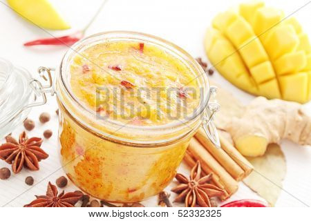 Spicy mango chutney with ingredients