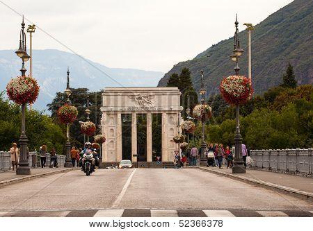 The Victory Monument, Bolazano