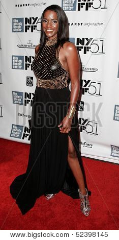 NEW YORK- OCT 8: Actress Kelsey Scott attends the