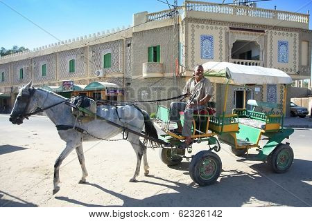 Tunisian Carriage