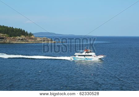 Lighthouse tours boat at the Frenchman Bay in Acadia National Park