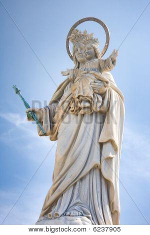 Madonna On Mount Orlando