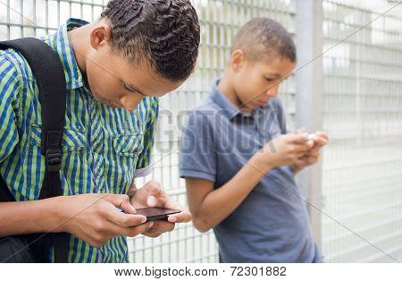 Smartphone culture/generation