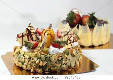 Cheese Cake With Strawberry Fruit Toping.