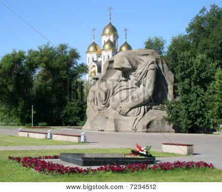 Crying mother in Mamayev Kurgan, Volgograd