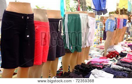 Manikins in shorts