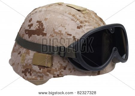 Us Marines Kevlar Helmet With Desert Camouflage Cover And Protective Goggles