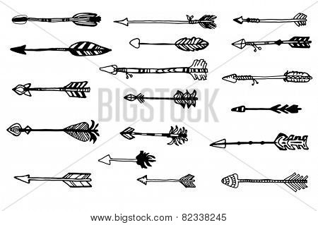 Doodle hand drawn arrows set.  Vector hand drawn sketch. Hunting doodles