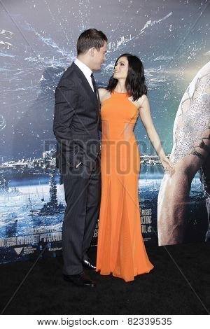 LOS ANGELES - FEB 2: Channing Tatum, Jenna Dewan at the 'Jupiter Ascending' Los Angeles Premiere at TCL Chinese Theater on February 2, 2015 in Hollywood, Los Angeles, California